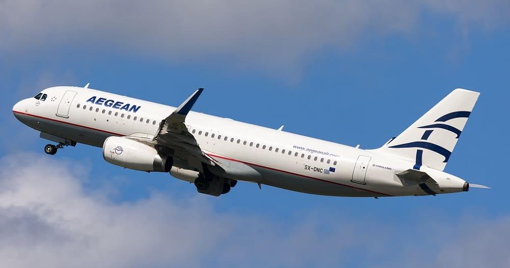 Самолет авиакомпании Aegean Airlines