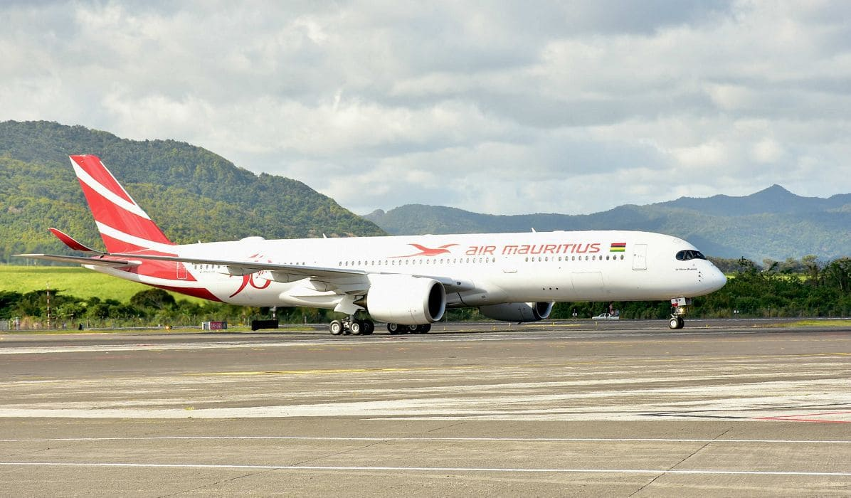 Самолет авиакомпании Air Mauritius
