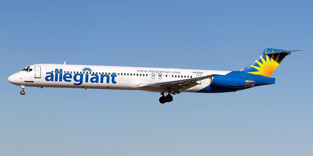 Самолет авиакомпании Allegiant Air