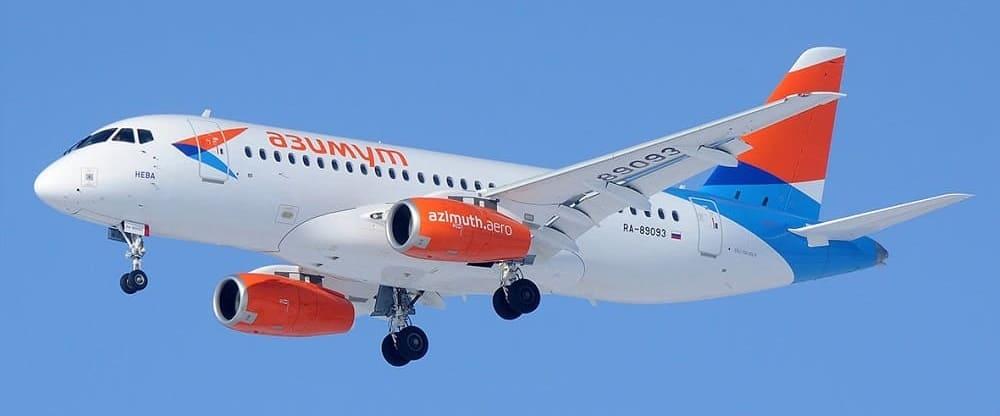 Самолет авиакомпании Азимут
