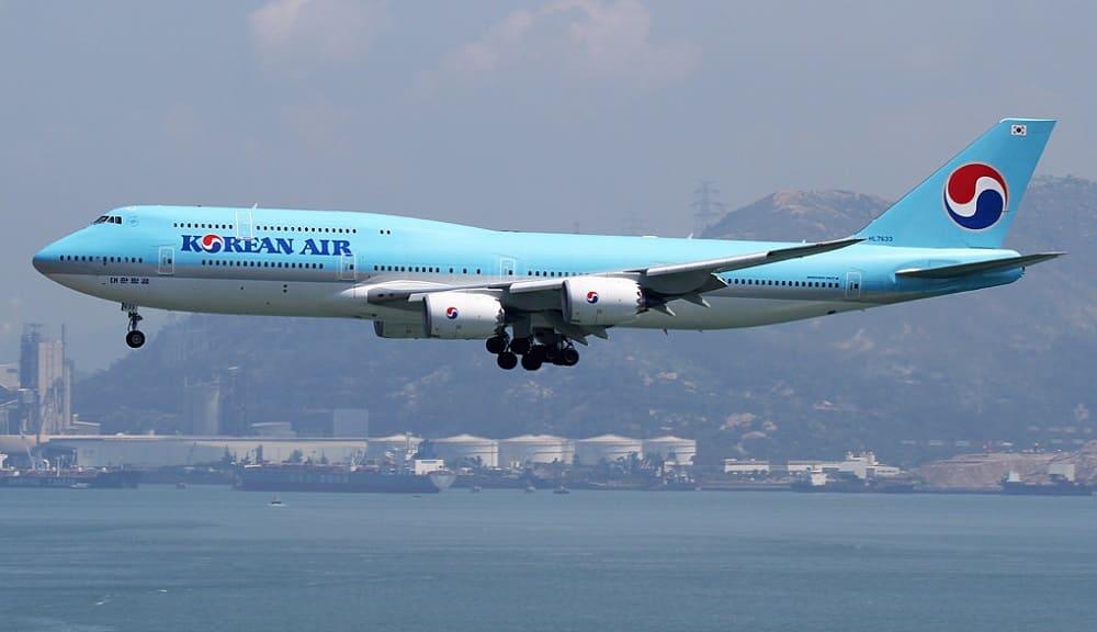 Самолет авиакомпании Korean Air