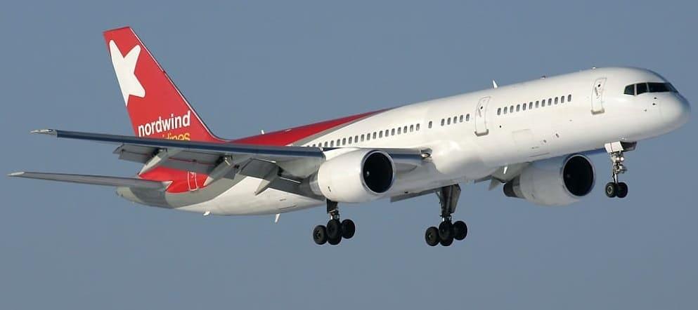 Самолет авиакомпании Северный Ветер (Nordwind)