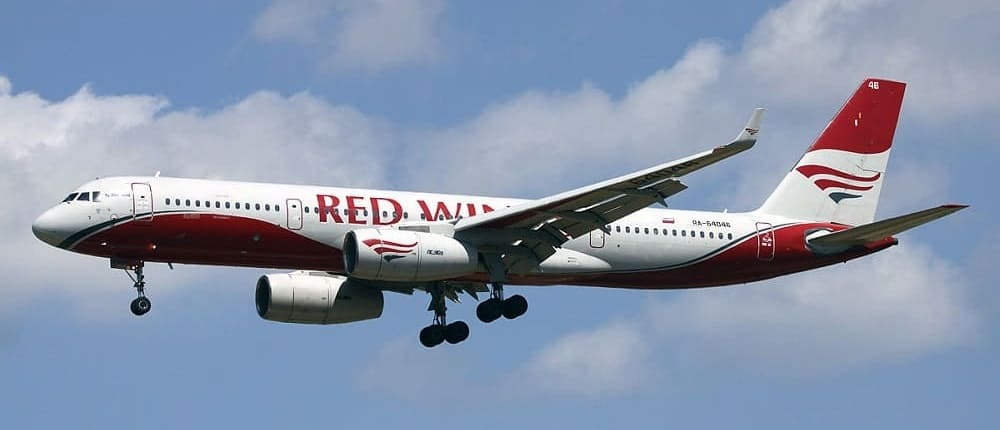 Самолет авиакомпании Ред Вингс (Red Wings)