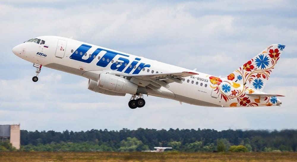 Самолет авиакомпании ЮТэйр (Utair)