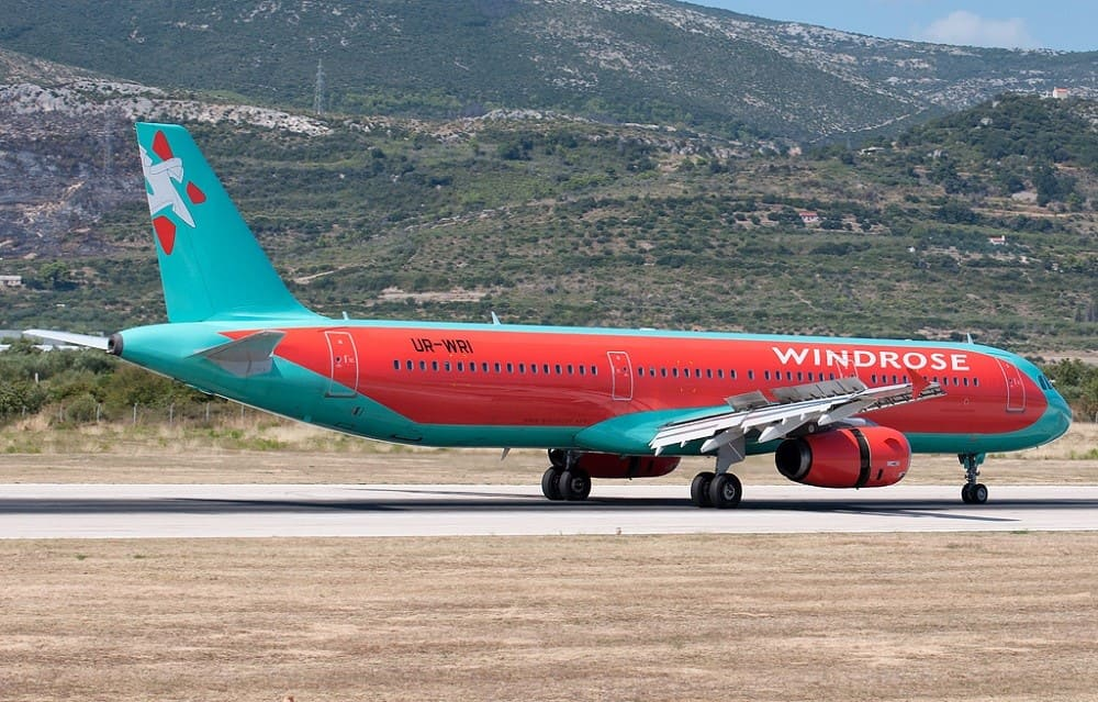 Самолет авиакомпании Windrose Airlines